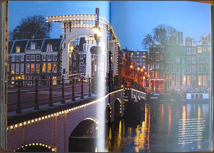 The Amsterdam Canals by Cris Toala Olivares